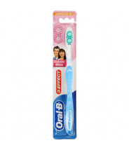 ORAL-B DELICATE WHITE 40 MEDIUM ČETKICA ZA ZUBE